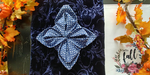 lotus napkin fold for fall table decor
