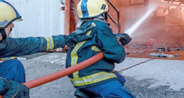 agadir press : حريق يأتي على محل وسط طنجة