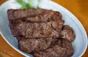 لحم غزال مشوى