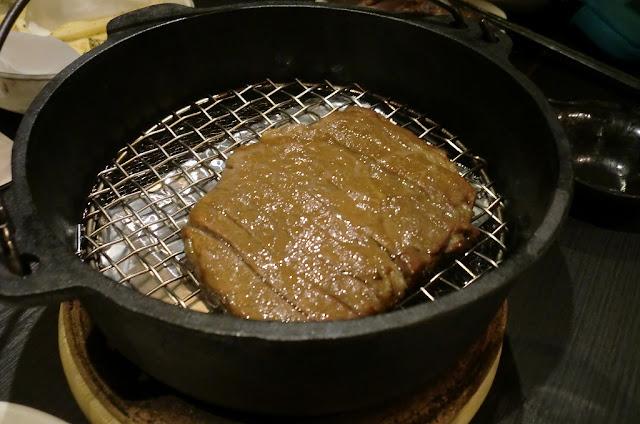 煙ぷらす 特選牛肉のダッチオーブン燻製ステーキ