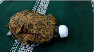 Imam Mushola Meninggal Saat Sholat Dalam Keadaan Sujud, Warga Kaget: Beliau Tak Pernah Sakit