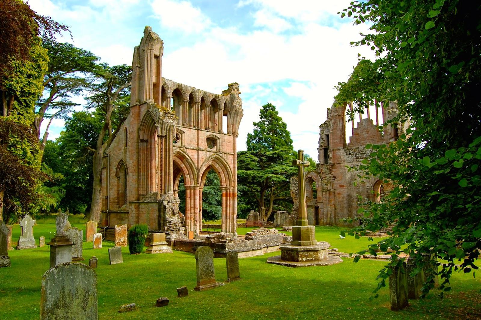 Dryburgh Abbey ruins; Dryburgh, Scotland