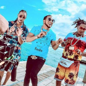Mozart La Para ft. El Alfa, Shelow Shaq - Bien Tropical