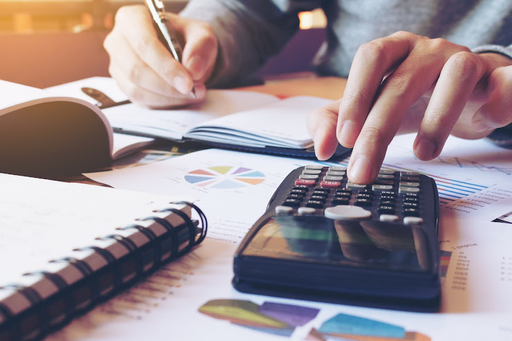 Curso de Introducción a Matemáticas para Finanzas y Negocios