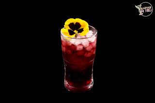 Deseo Purpura Barman in Red