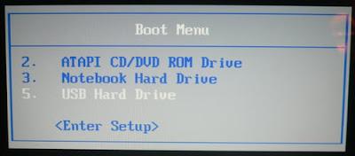 - الاستعادة مع أقراص DVD للاسترداد - ضبط البوتBOOT