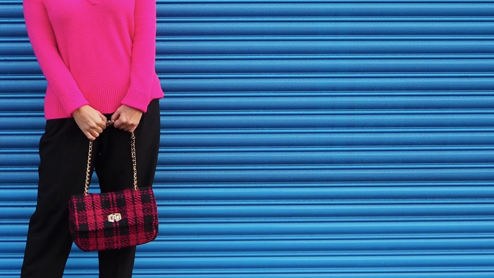 Hot Pink & Black Tweed Bag with Gold Chain strap