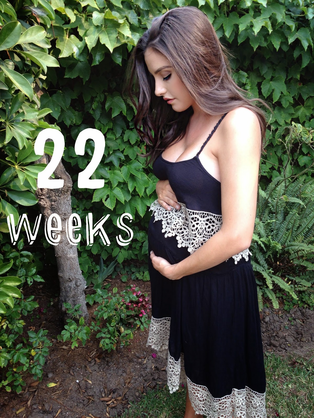 Zack&Sydney: 22 Weeks Pregnant Picture