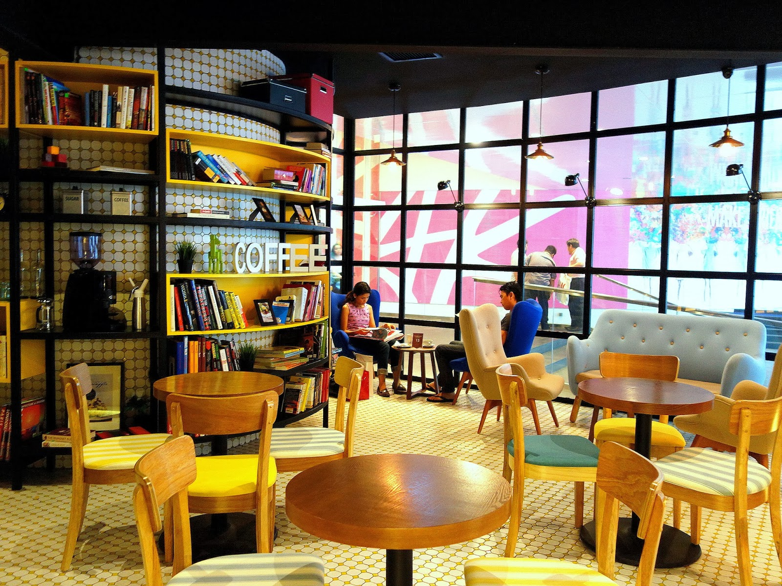 17 KL Cafe Interior Designs To Recreate at Home 37 photos : DSC01740 from www.recomn.com size 1600 x 1200 jpeg 633kB