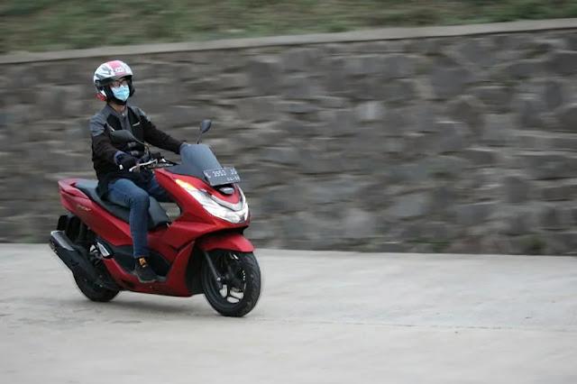 safety riding cari aman