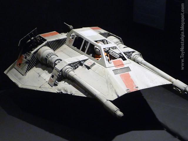 """Modelo en miniatura para filmación - Snow Speeder   """"Episodio V - The Empire Strikes Back""""  (STAR WARS - The Exhibition)"""