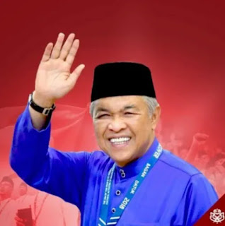 Ahmad Zahid Presiden UMNO Tanda UMNO Berkubur
