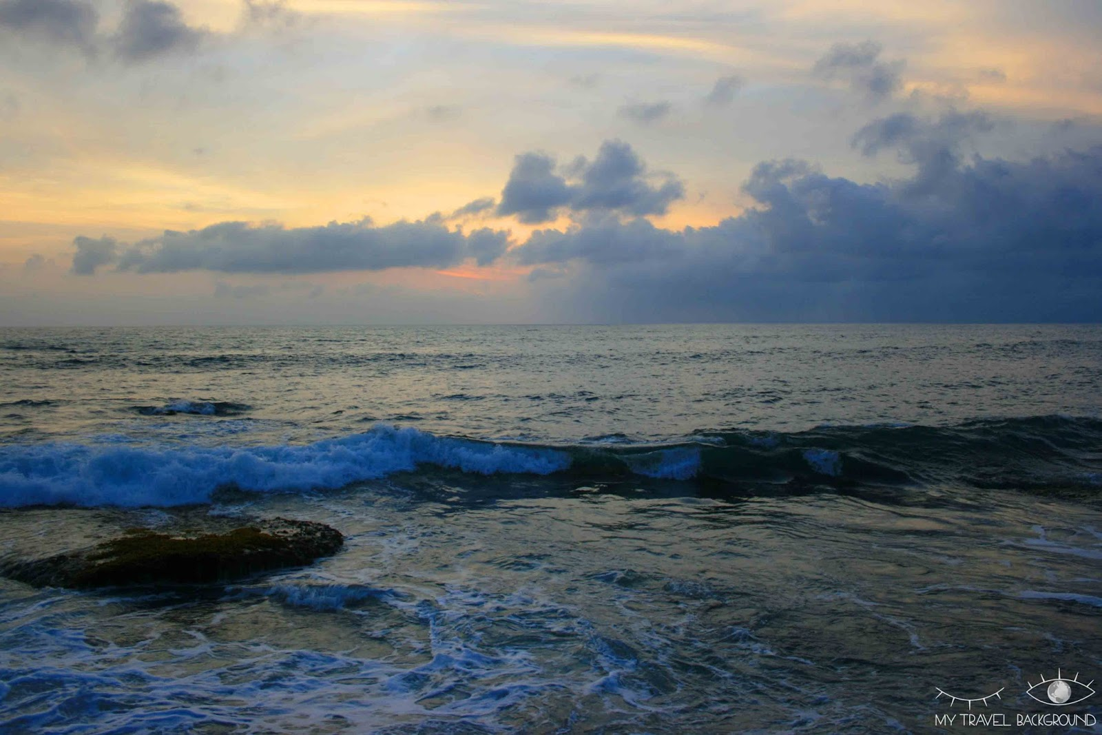 My Travel Background : A la découverte de Kuta et du Sud de Bali - Coucher de soleil à Tanah Lot