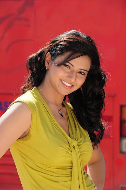 Dark Armpit Of Tamil Actress  Actress Wallpaper,Images -2837