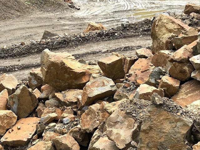 Камінь андезит
