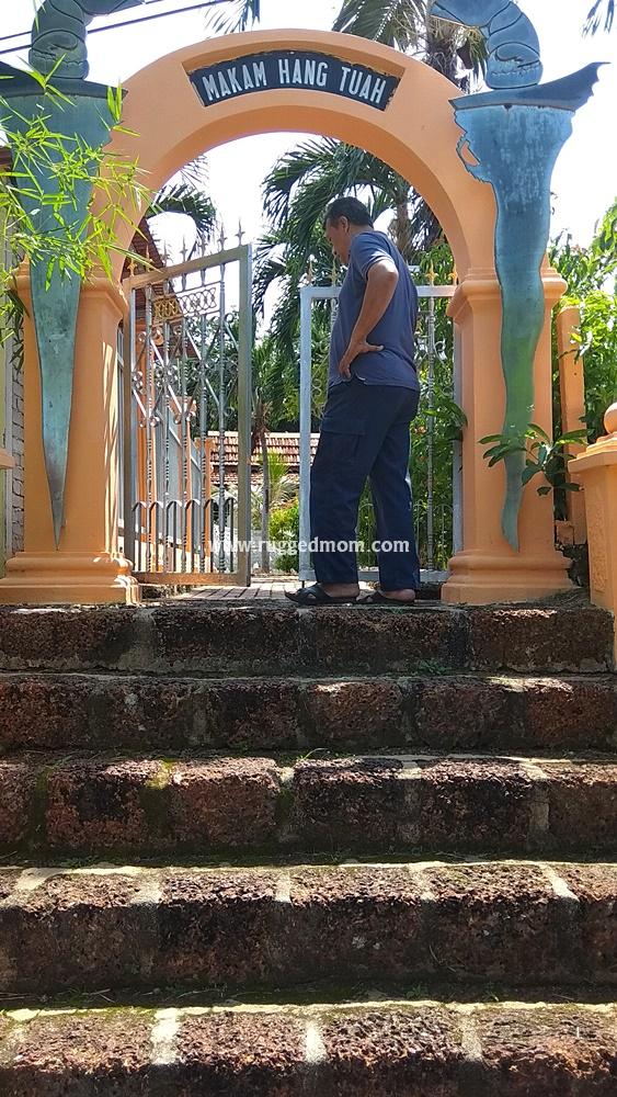 Makam Hang Tuah bukan di Tanjung Kling?