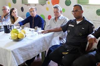 http://vnoticia.com.br/noticia/2857-reuniao-itinerante-do-conselho-de-seguranca-nesta-terca-feira-em-coreia-sfi