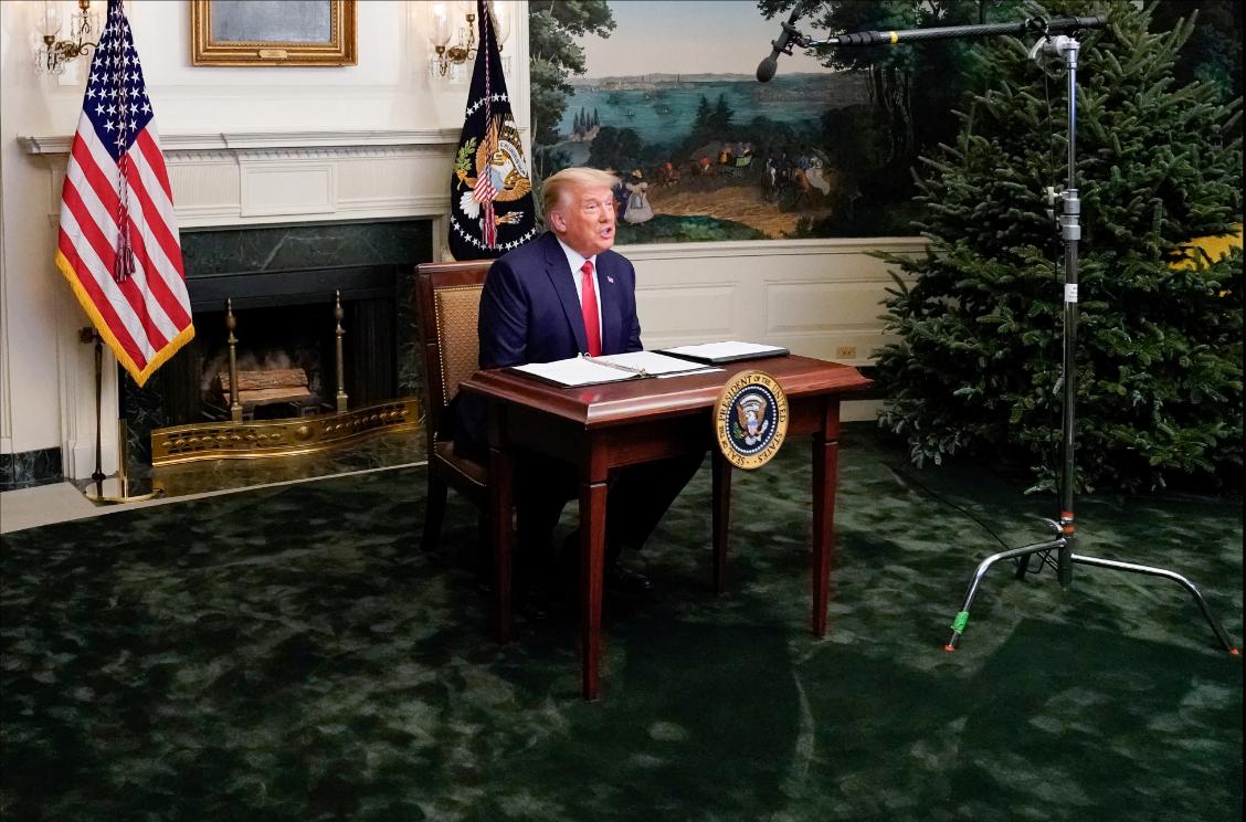 En declaraciones a periodistas el Día de Acción de Gracias, Trump dijo que si el demócrata Biden, que prestará juramento el 20 de enero, es certificado como ganador de la elección por el Colegio Electoral, dejará la Casa Blanca / VOA