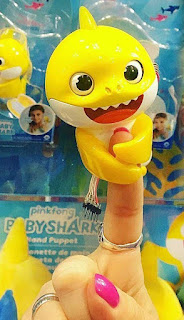 Baby Shark Fingerlings coloring.filminspector.com
