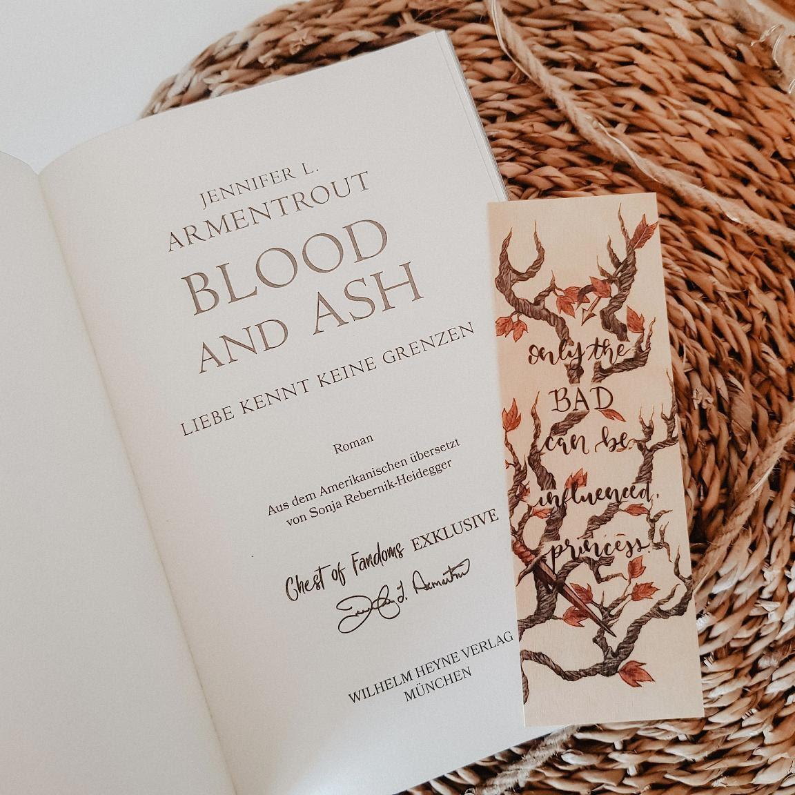 Bücherblog. Unboxing - Part 10. Chest of Fandoms - Blood & Ash Spezial Box. Jennifer L. Armentrout. FBAA.