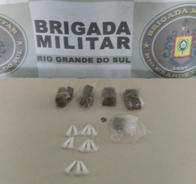Adolescente é apreendido por tráfico de drogas no bairro Anair em Cachoeirinha