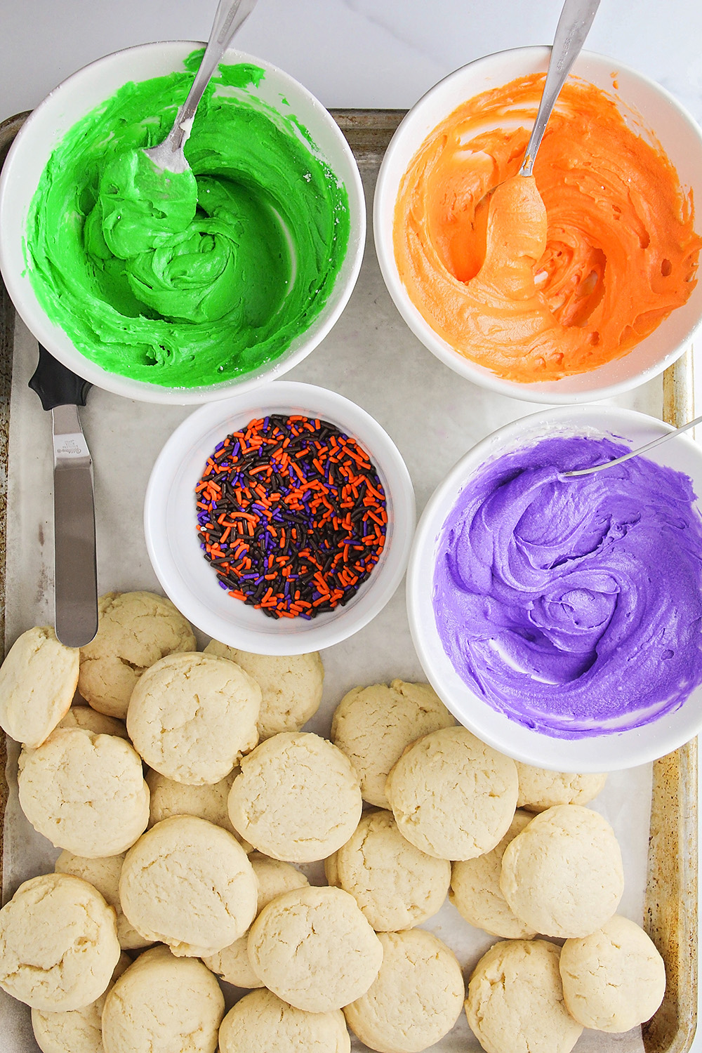 These soft Halloween sugar cookies have the best flavor and texture, and are so quick and easy to make!