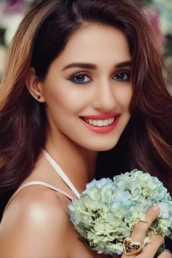 disha patani face, disha patani malang movie images