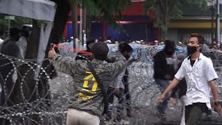 Demo Ricuh, Pendemo Ancam Jurnalis