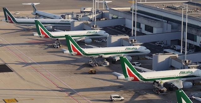 Aviões da companhia aérea Alitalia