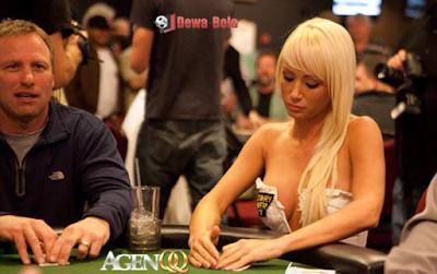 poker online agenqq