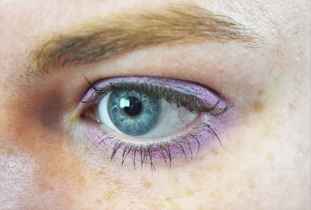 Kiko Eyetech Look Eyeshadow in shade 107 Metallic Lilac