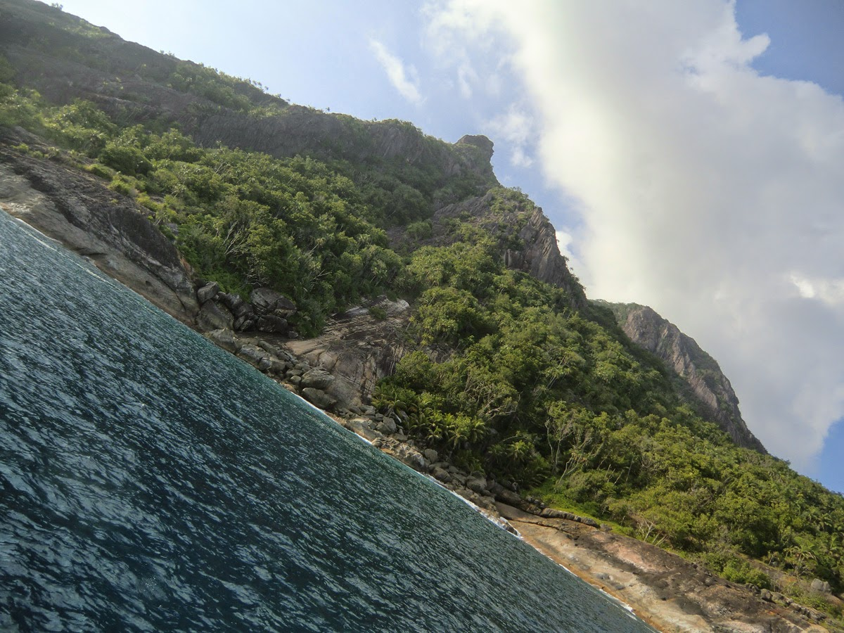 Silhouette-Island