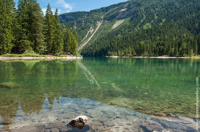 Lago di TOvel viaje Italia paisajes bonitos rutas