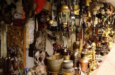 usaha jual barang antik