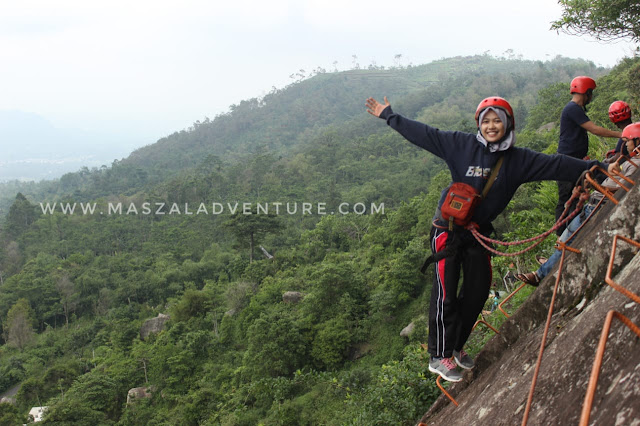 Wisata Pemalang, Via Ferrata Bukit Mendelem