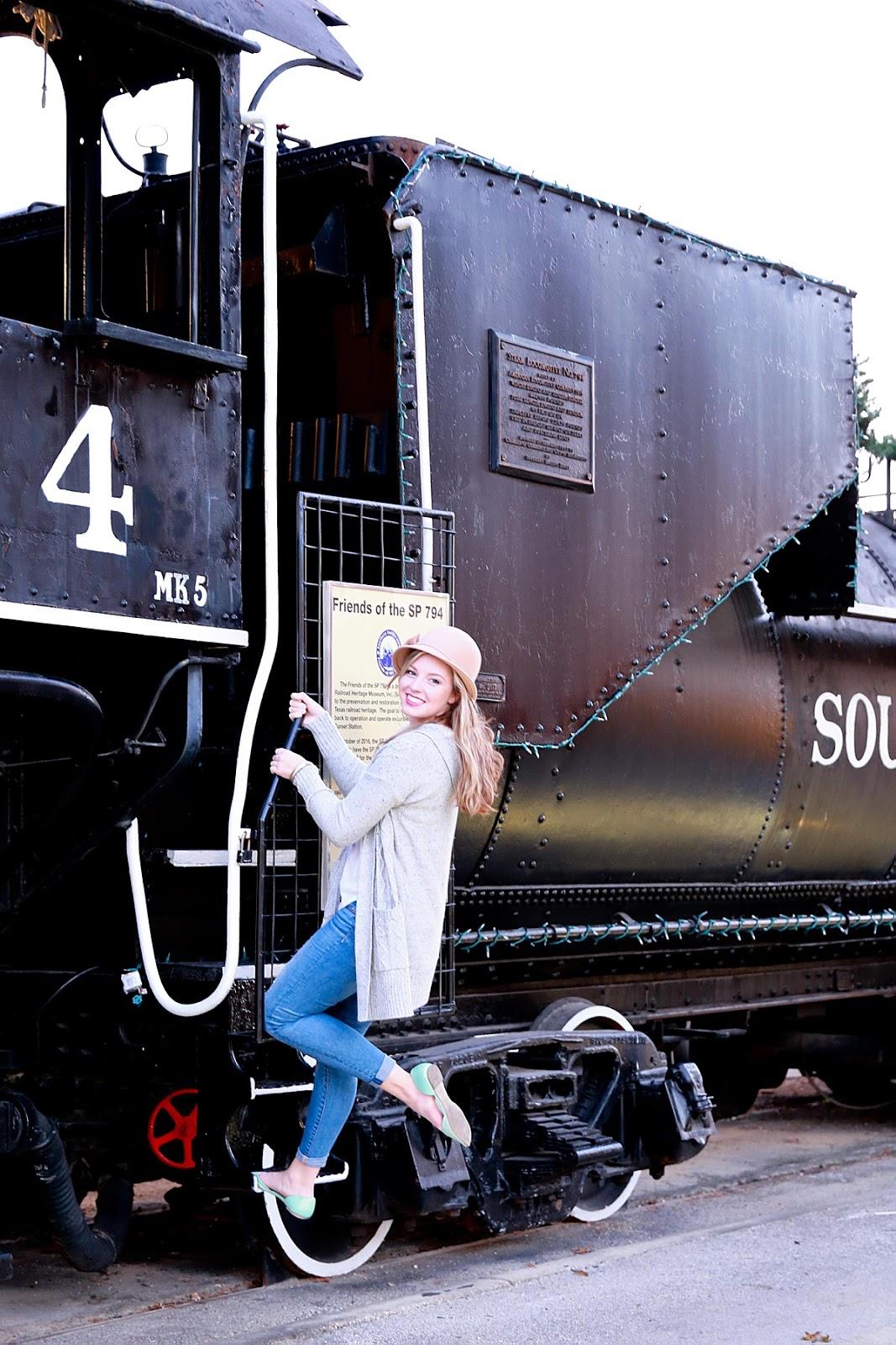 Sunset Station San Antonio Senior Session, San Antonio Senior Photographer