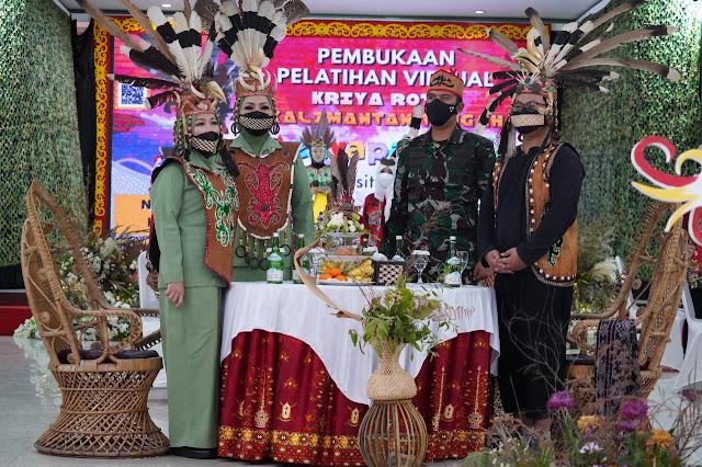 Persit Koorcabrem 102 PD XII/ Tanjung Pura Gelar Pembukaan Pelatihan UMKM Secara Virtual