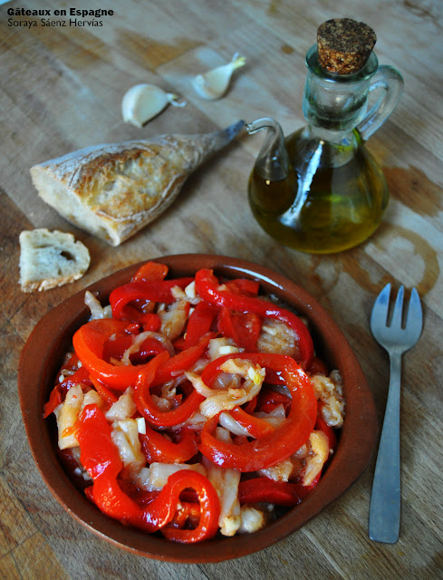 G teaux en espagne recette de salade de morue et poivrons grill s - Salade de poivron grille ...