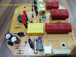 hasilnya papan litar dengan capacitor yang baru