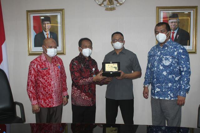 Inisiasi KPK RI, Pertamina dan Pemprov Maluku MoU Rekonsilisi Dana PBBKB