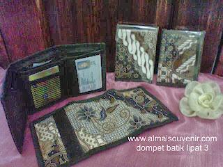 souvenir dompet batik pria lipat 3, souvenir dompet murah, souvenir dompet, souvenir pernikahan dompet