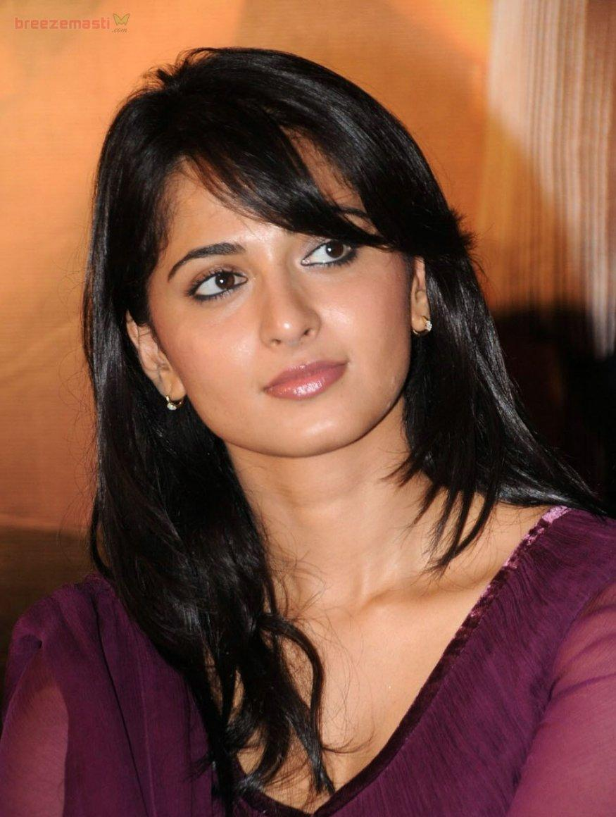 Anushka Shetty Biography (Tamil, Telugu) | Sports Updates