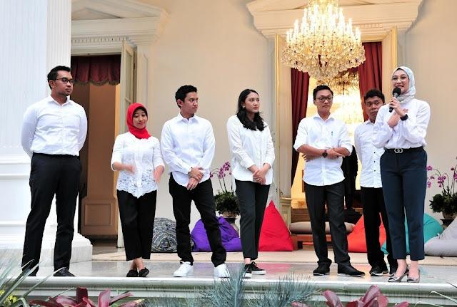 Daftar dan Tugas Staf Khusus Milenial Jokowi dengan Gaji Rp 51 Juta Perbulan