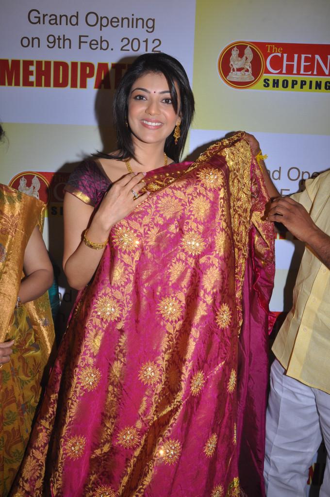 Kajal Agarwal Hot Saree Stills