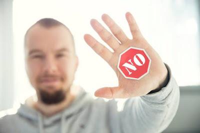 Menolak dengan halus tanpa mengatakan no (Polite ways to say no)