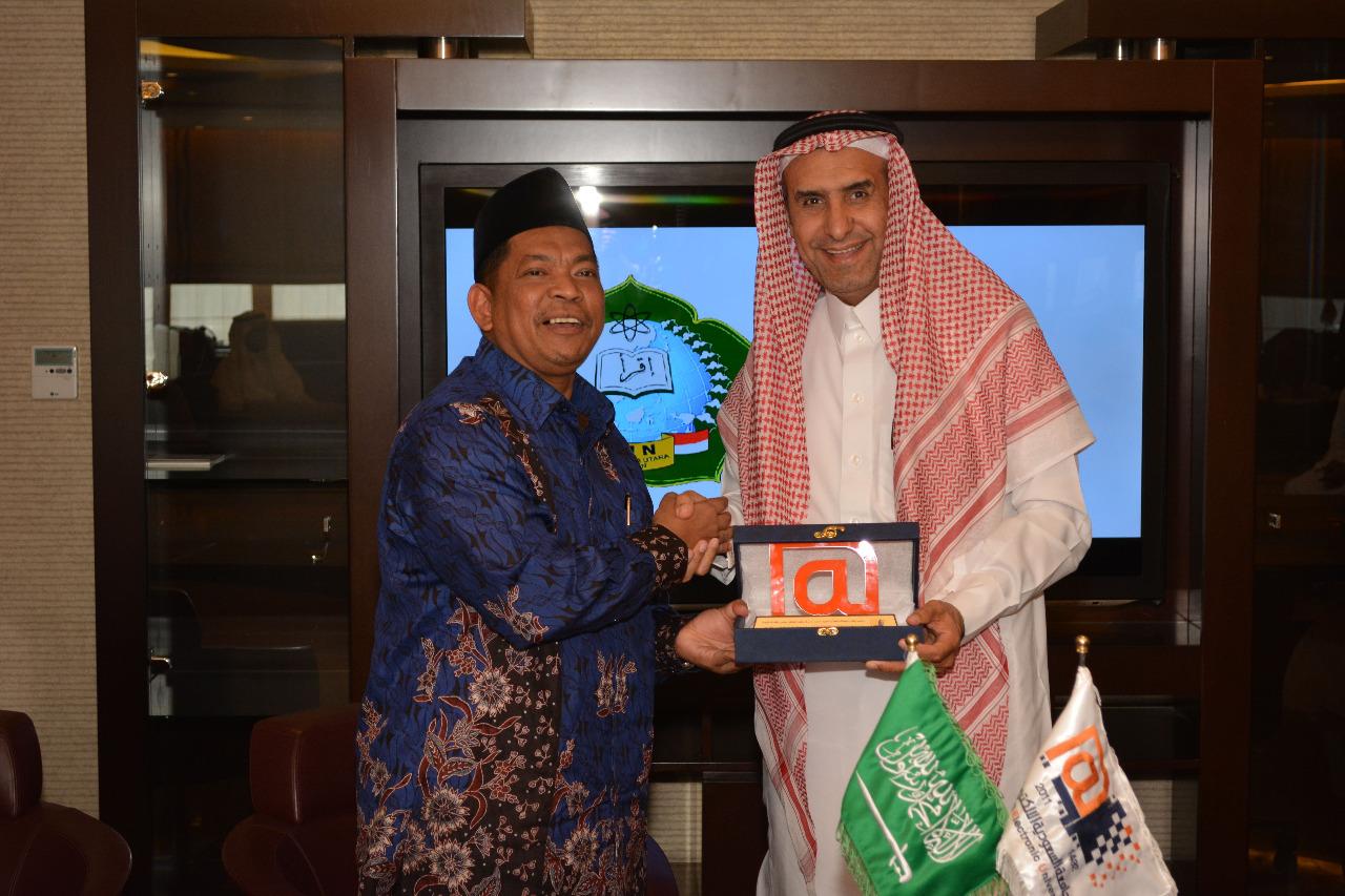 Universitas Elektronik Arab Saudi Jalin Kerjasama Dengan Imla Dan Puluhan Universitas Di Indonesia