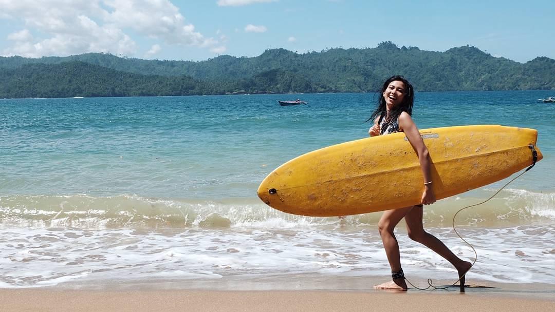 lokasi dan harga tiket masuk pantai wedi awu malang jawa timur - Berikut Ini Alasan Wajib Untuk Eksplor Pantai Wedi Putih, Hidden Paradise!