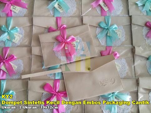 Dompet Sintetis Kecil Dengan Embos Packaging Cantik