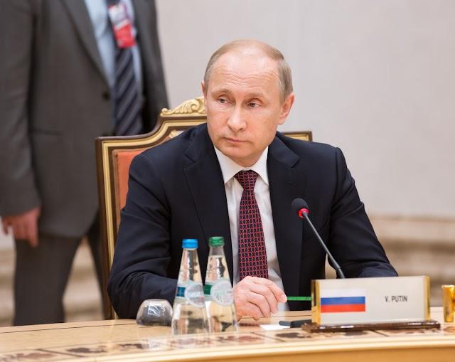 Putyin a második világháború okainak közös elemzését és a győztes hatalmak új összefogását sürgette