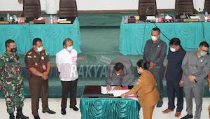 DPRD Toba Tetapkan Poltak - Tonny Sebagai Bupati  dan Wabub Terpilih 2021 - 2026